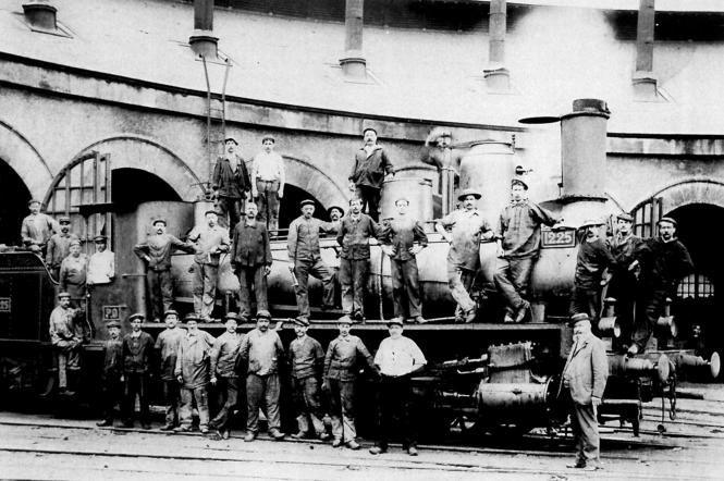 Aux ateliers du P.O., vers 1900.png