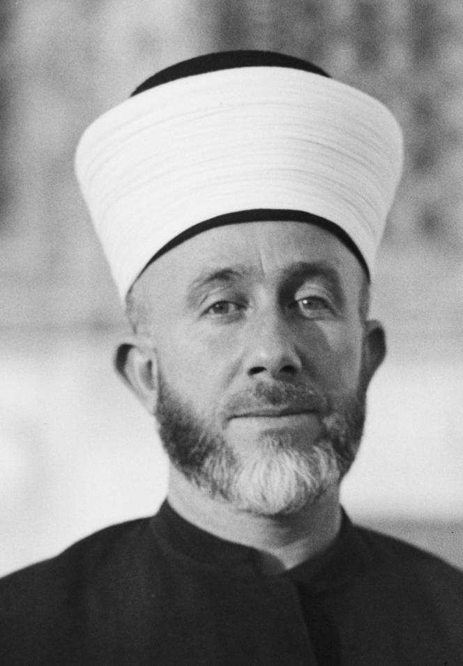 Le Grand Mufti de Jérusalem al-Husseini.png